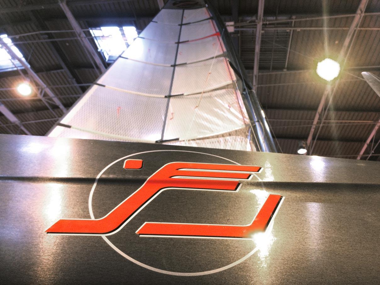 Wingsail mit Logo vom iFLY15
